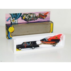 CORGI Gift Set 3 Batman Batmobile and Batboat