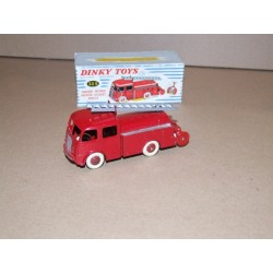 French Dinky 32e Fourgon Incendie Premier Berliet First Response Fire Truck