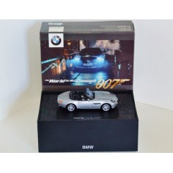 Minichamps Dealership Issue James Bond Edition 99 BMW Z8 The World is not Enough 007