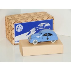 CIJ Viva Grand Sport Clockwork Tinplate Car