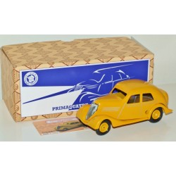 CIJ 03300 Renault Primaquatre Clockwork Car