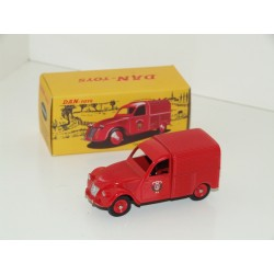 DAN Toys 019 Citroen 2CV INCENDIE - French Dinky 25d Copy